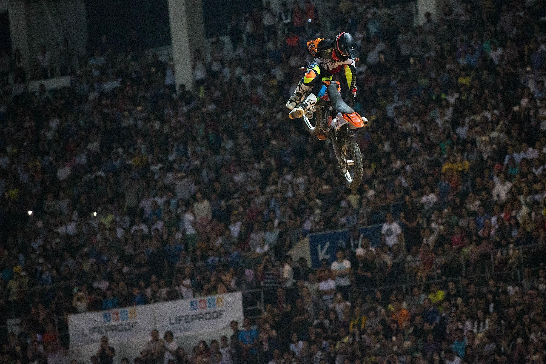 Hannes Ackermann sprang mit starker Leistung auf den dritten Platz © Night Of The Jumps